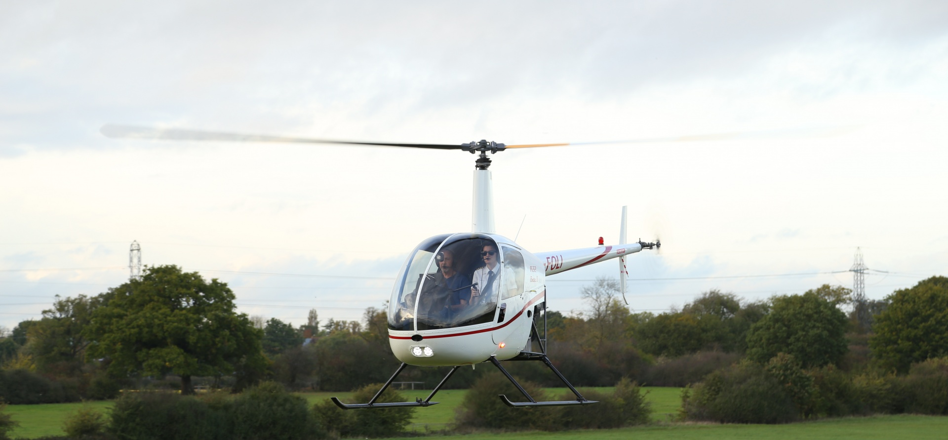 15 Minute Helicopter Flying Lesson Hertfordshire