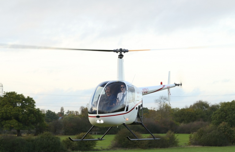 15-Minute-Hertfordshire-Helicopter-Flying-Experience-in-R22.jpg