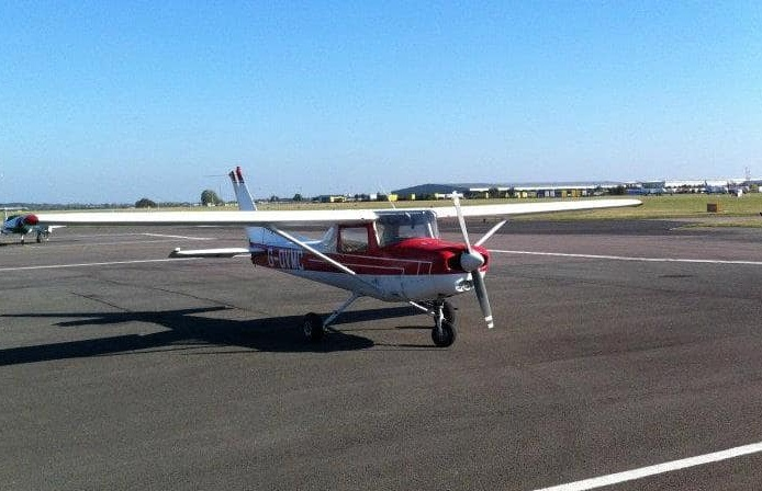 2-seater-flying-lesson-in-coventry.jpg