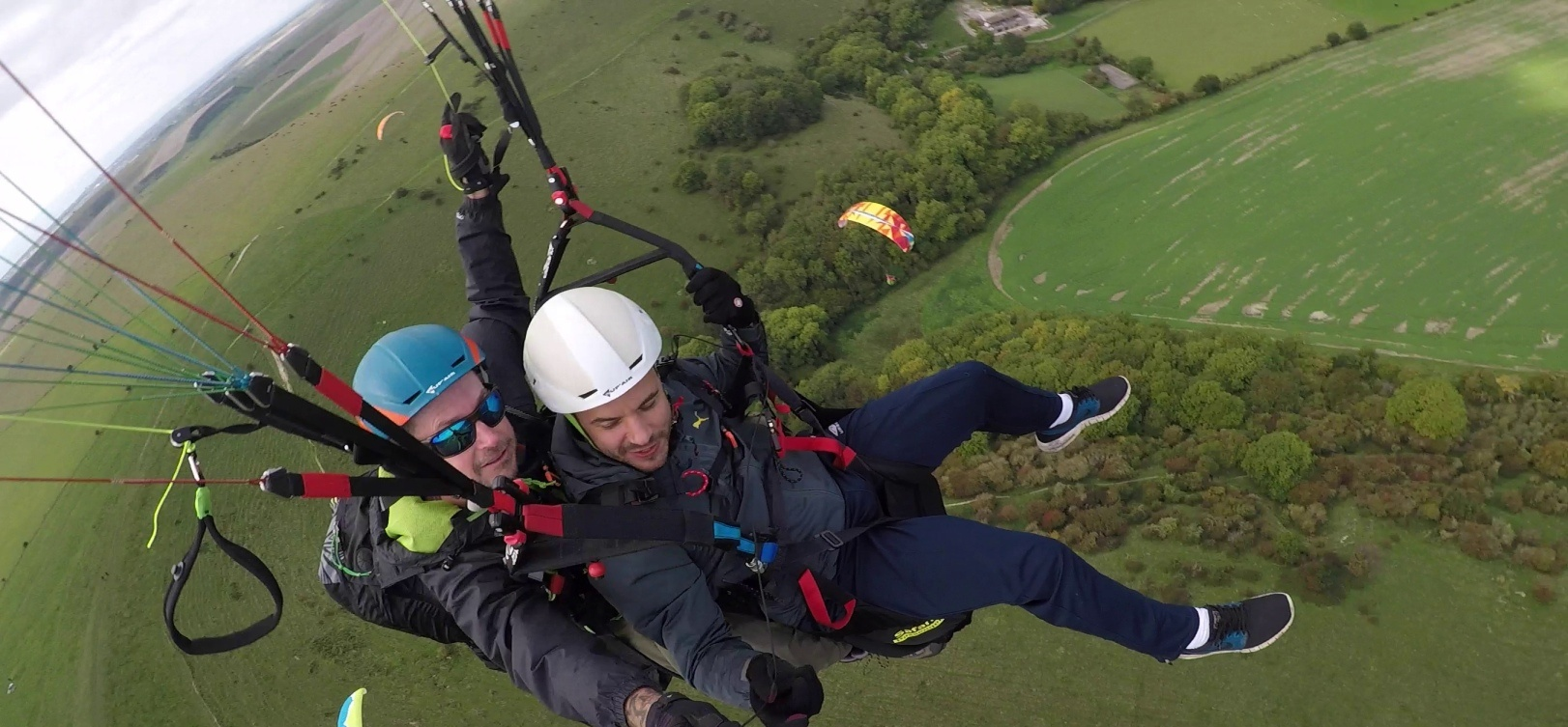 Tandem Paragliding Adventure in East Sussex-1