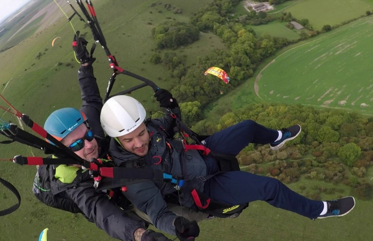 Flying Gift Experiences from £55   Tandem Paragliding & CPC
