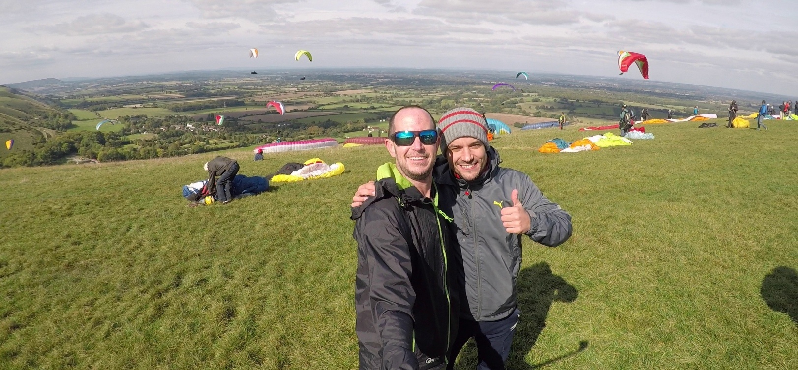 Tandem Paragliding Adventure in East Sussex-3
