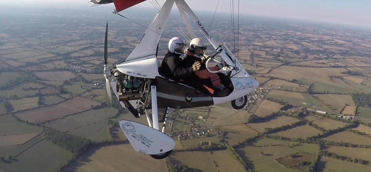 60 Minute Two Seater Flying Lesson In Perth