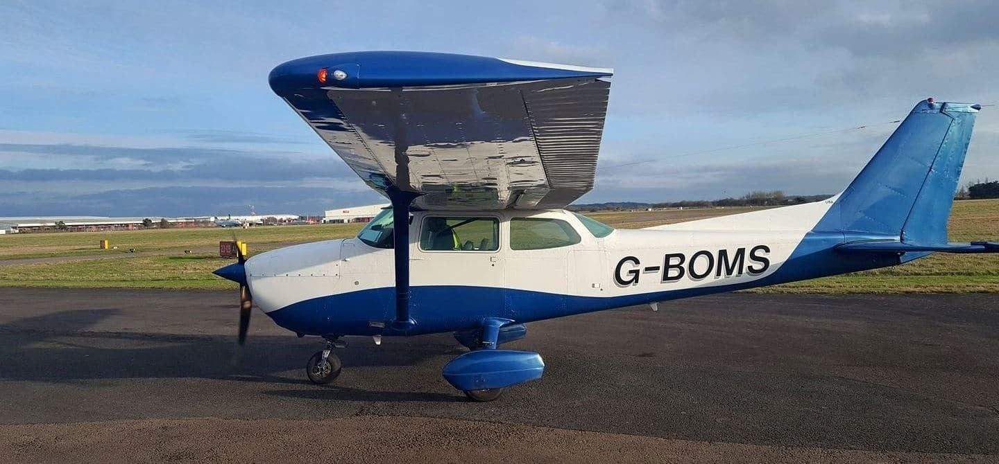 30 Minute Flying Lesson In Coventry 4 Seater