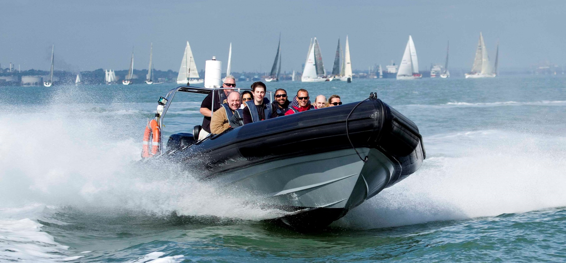 RIB And Cruiser Boating Experience Southampton-2