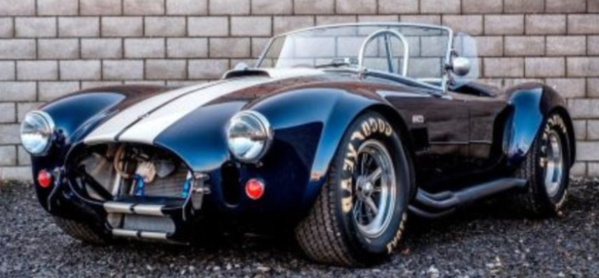 Shelby Cobra Driving Experience-2
