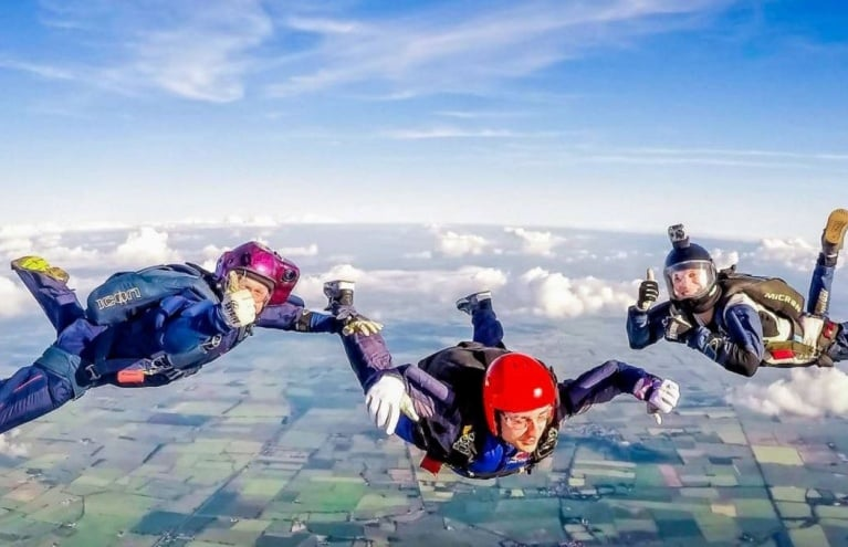 AFF-Level-1-Skydiving-Course-in-Lincolnshire-Thumbs-Up.JPG