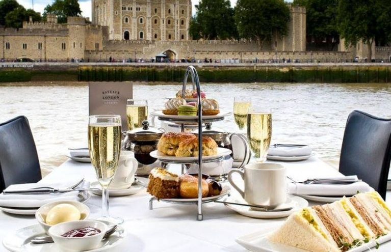 Afternoon-Tea-Cruise-London.jpg