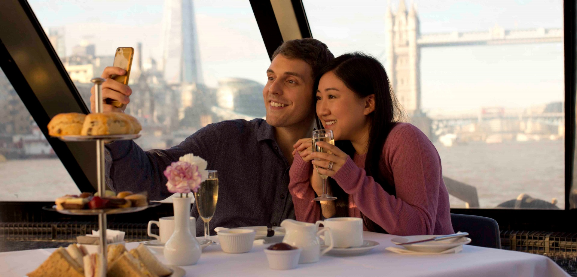 Afternoon Tea Cruise on the Thames for Two-3