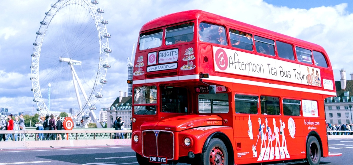 Brigit's Afternoon Tea Bus Tour for two in London-2