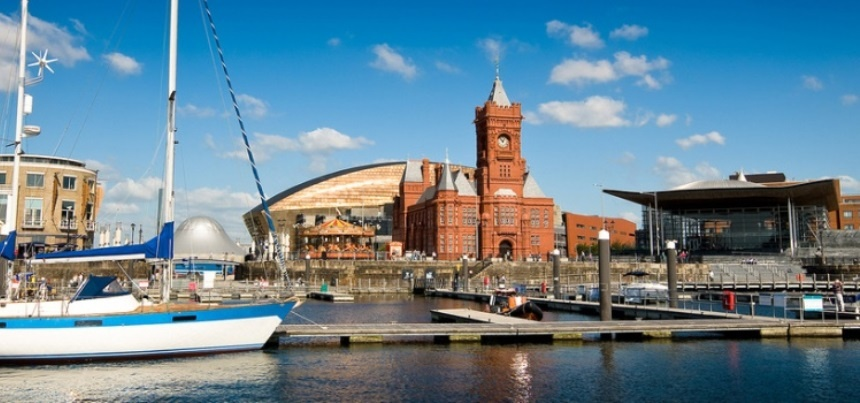 Cardiff Sightseeing Bus Tour for Two-2