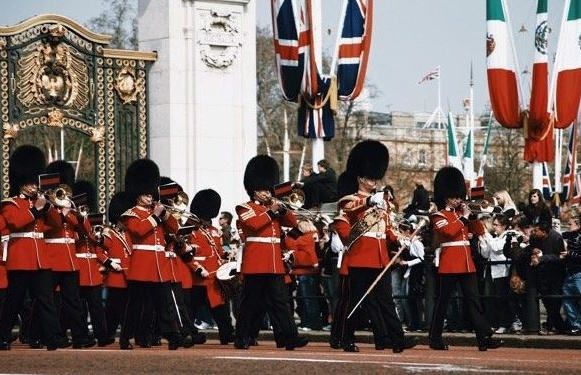 Changing of the Guards London Tour Vouchers.jpg
