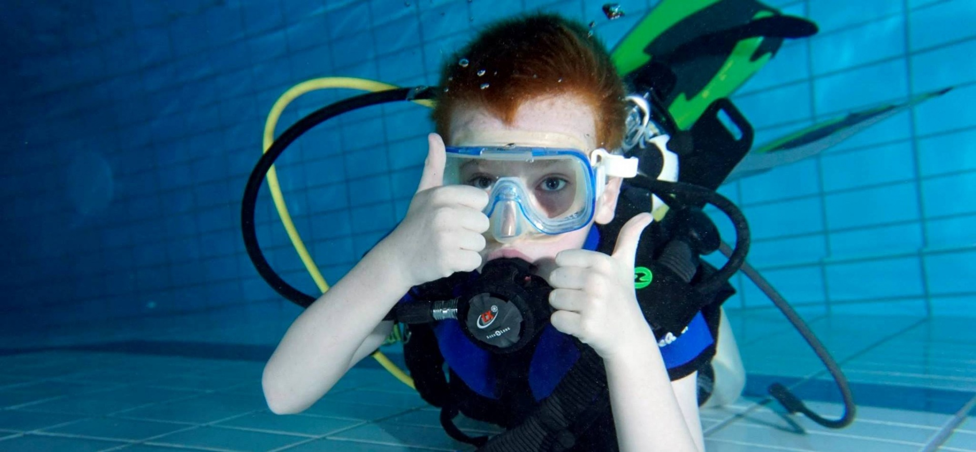Kids Scuba Diving in Cheshire Special Offer-3