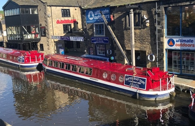 Cruise in Skipton North Yorkshire3.jpg