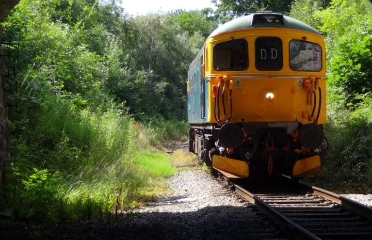 Diesel Train Driving Debryshire.jpg