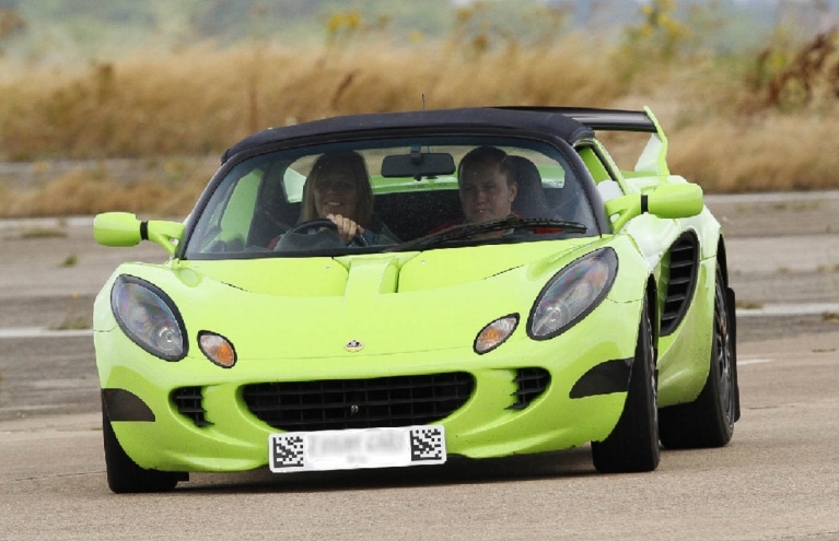 Drive-Five-Supercars-in-Oxfordshire.jpg