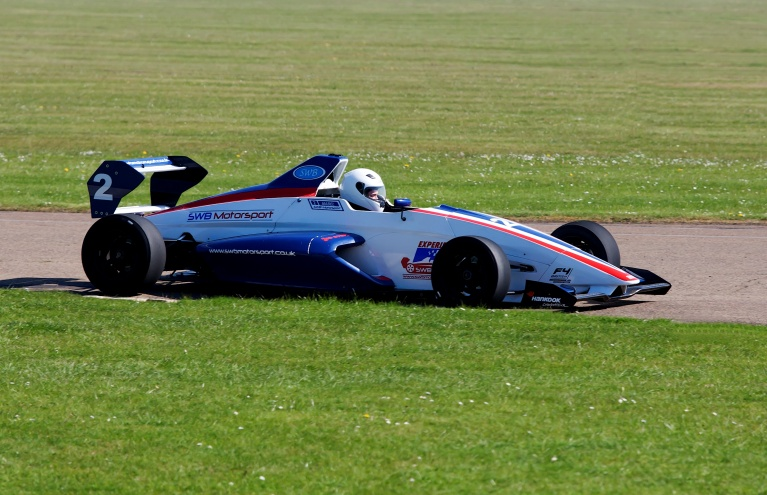 Driving-Experience-Single-Seater-Race-Car-in-Oxfordshire.jpg