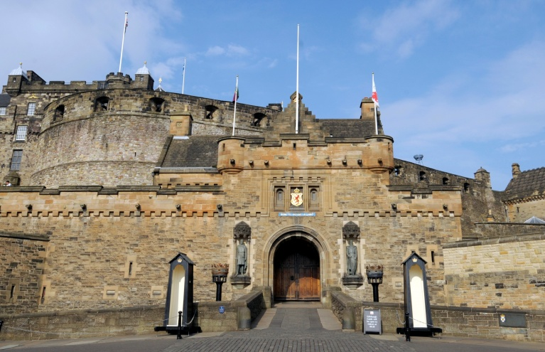 Edinburgh-Castle-Experience-Gift-Day-Out.jpg