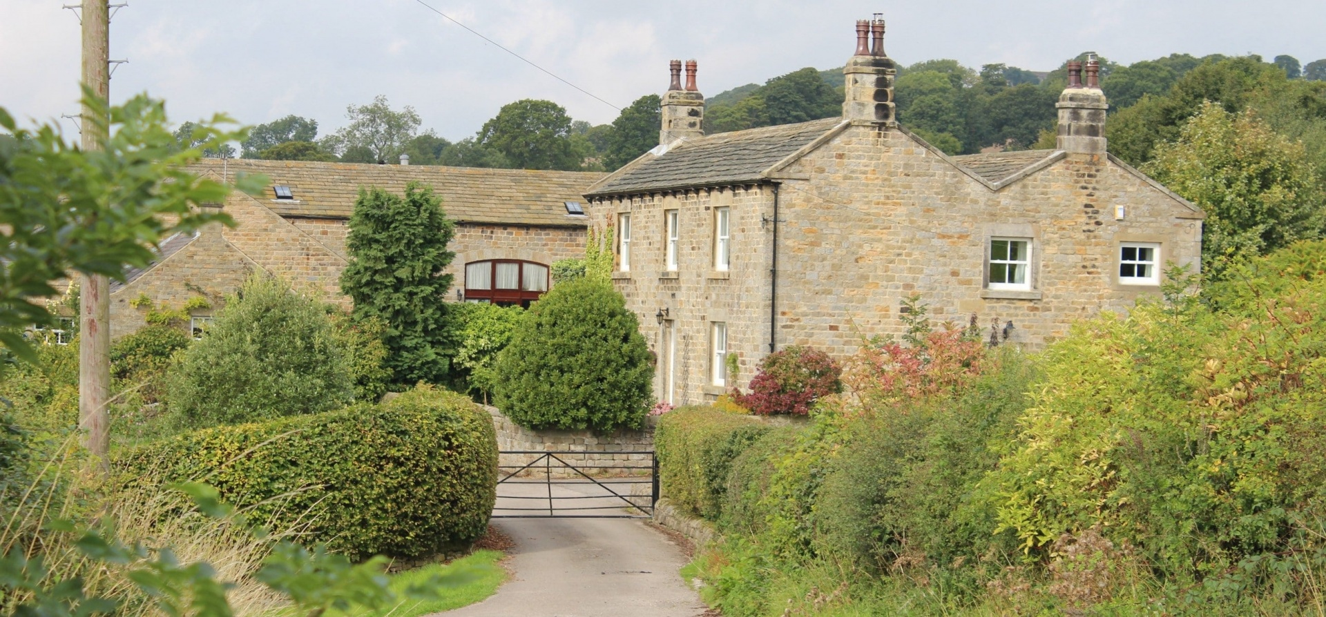 Emmerdale Filming Locations Bus Tour - Leeds-8
