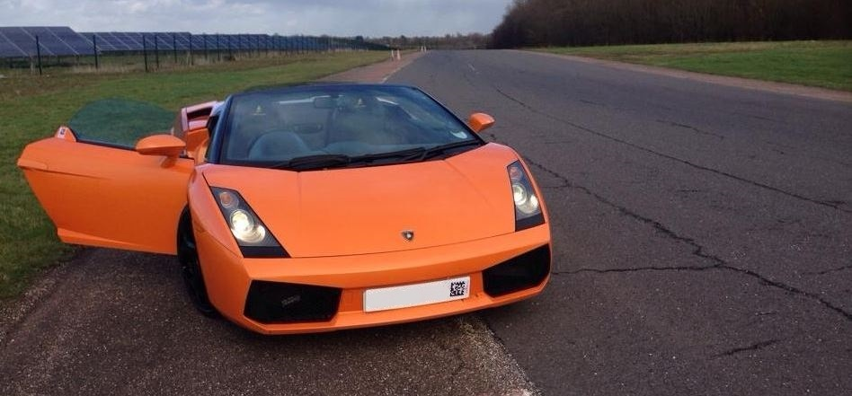 Lamborghini Driving Thrill With Hot Lap-3