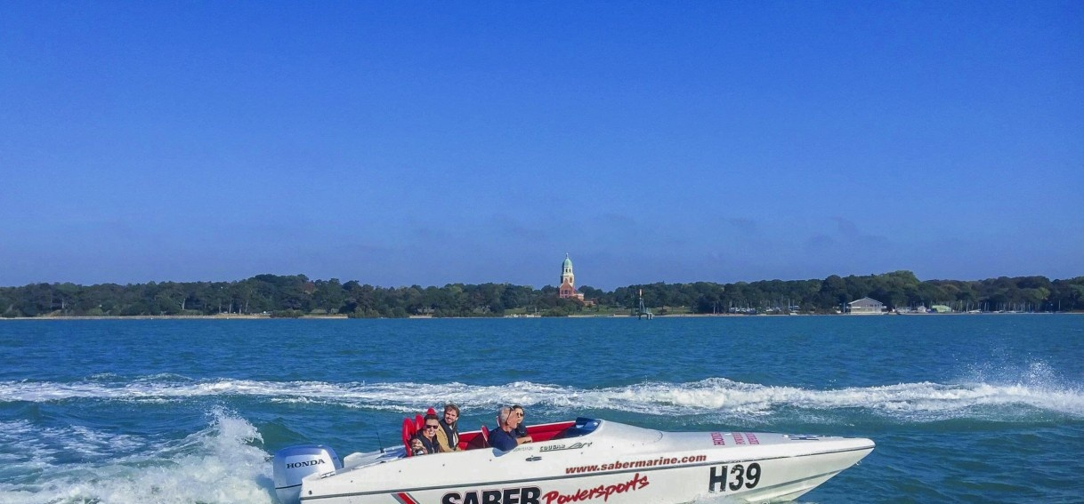Family Powerboating Experience In Southampton