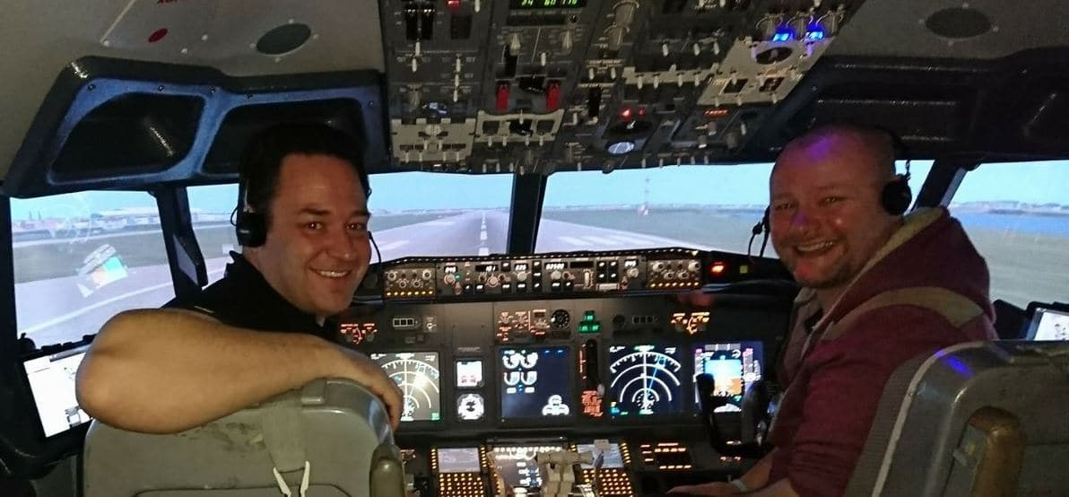 30 Minute Flight Simulator in Leicestershire-7