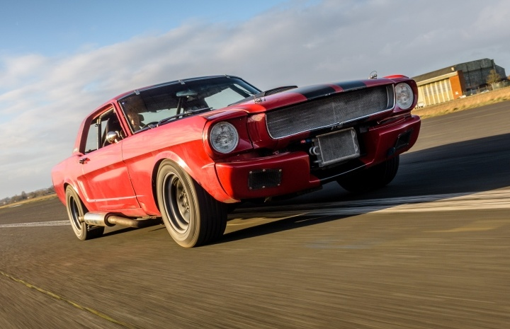 Ford-Mustang-GT350-6-Mile-Driving-Experience.jpg