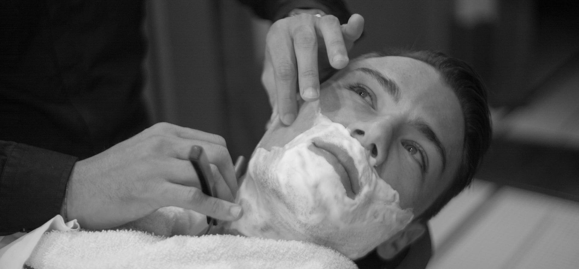 Traditional Mens Wet Shave And Hair Cut In London Mens Grooming