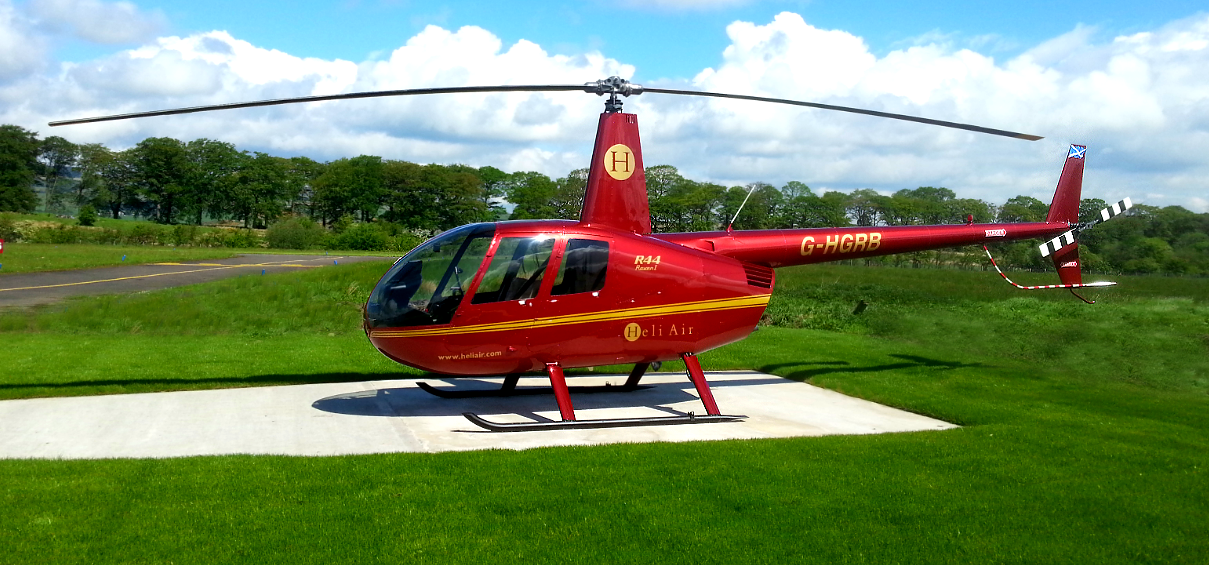 Glasgow City Helicopter Sightseeing Tour for Three-1