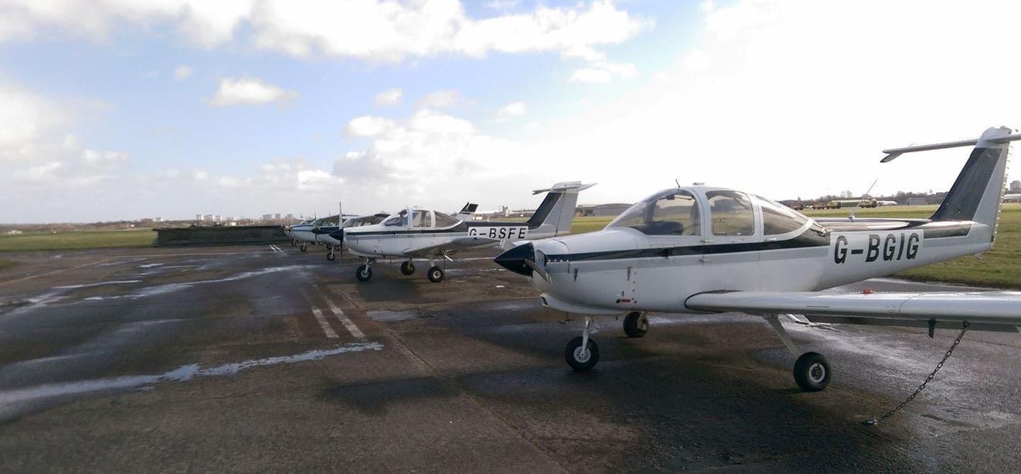 One Hour Two Seater Flying Lesson In Glasgow