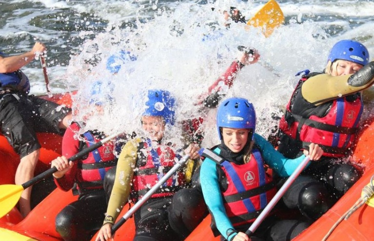 Go White Water Rafting in Nottingham.jpg