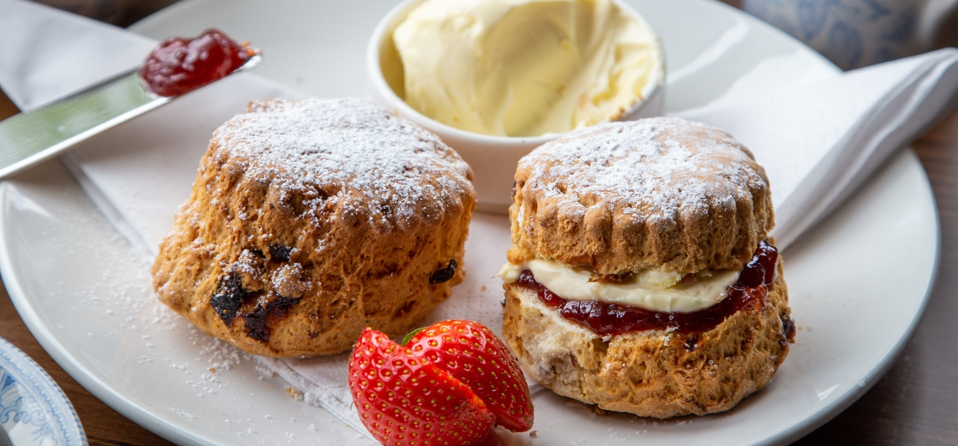 Harrogate Afternoon Tea Tour For Two-1