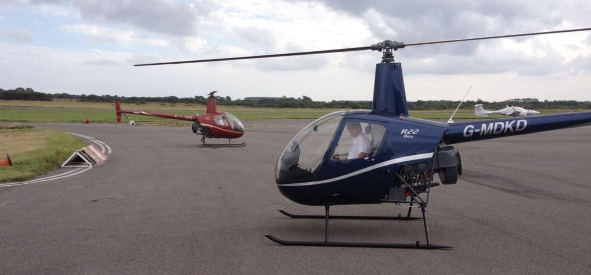 20 Minute R22 Helicopter Lesson in Swansea-1