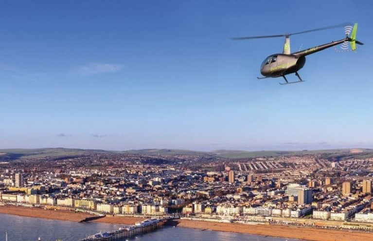 Heli-Fly-UK-Brighton-Helicopter-Tours-Pier.JPG