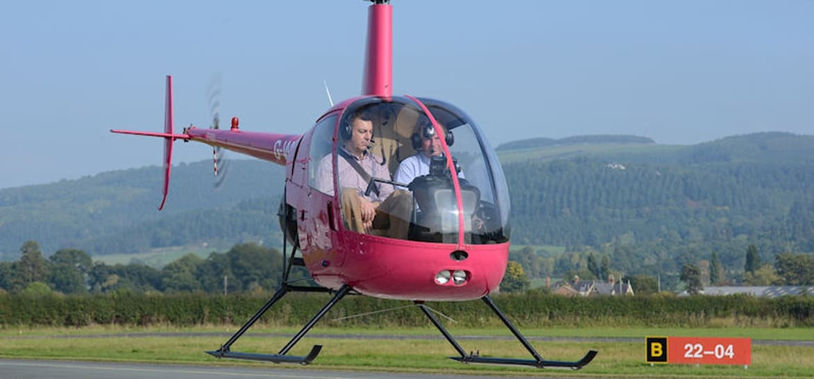 R22 Helicopter Trial Flight Lesson - Wales-4