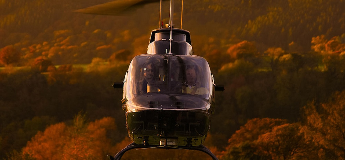 15 Min Welsh Marches 'Castles and Conflicts' Helicopter Tour-4