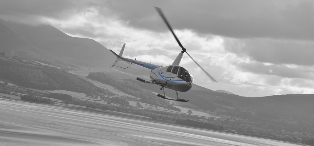 Private Thames Valley And Surrey Helicopter Tour For 3