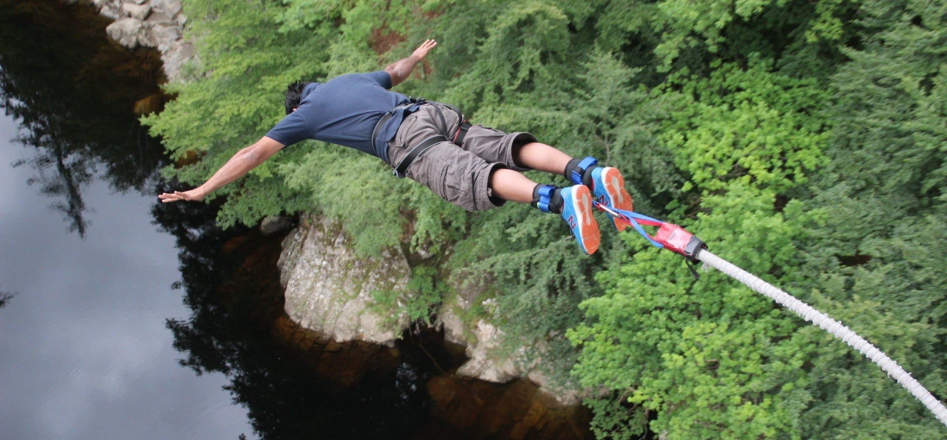 Scotland Bridge Bungee Jump-3