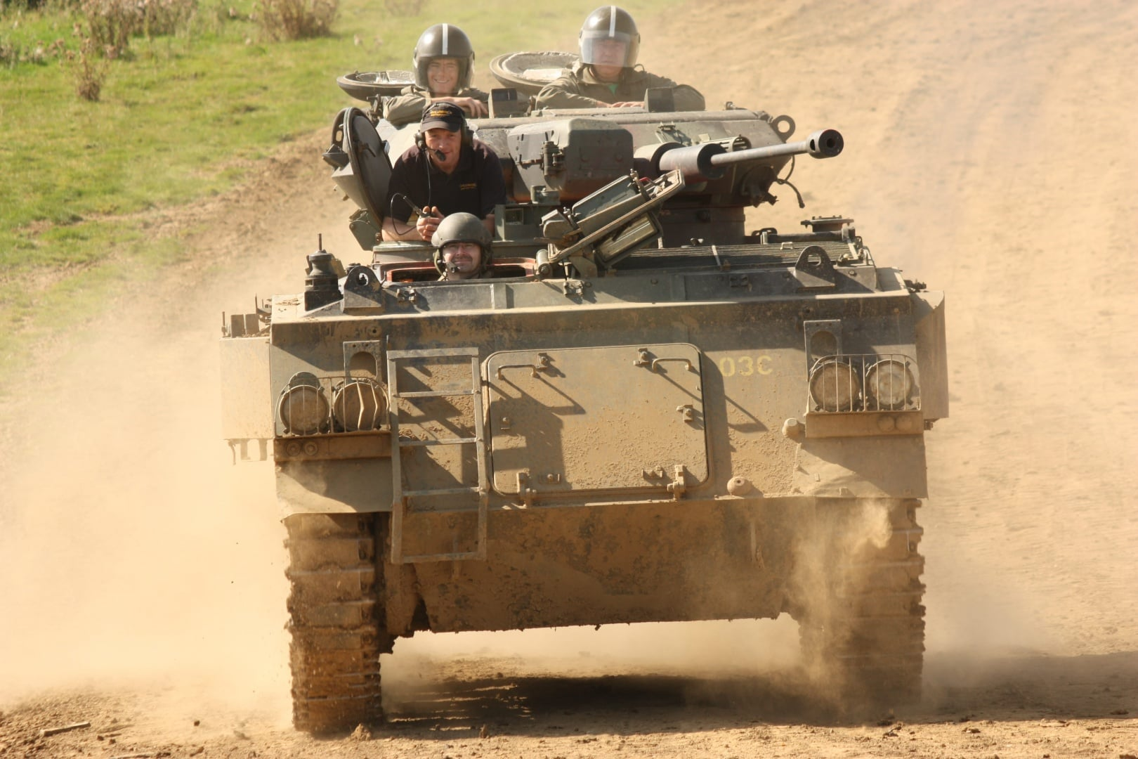 Discover Military Vehicle Driving-7