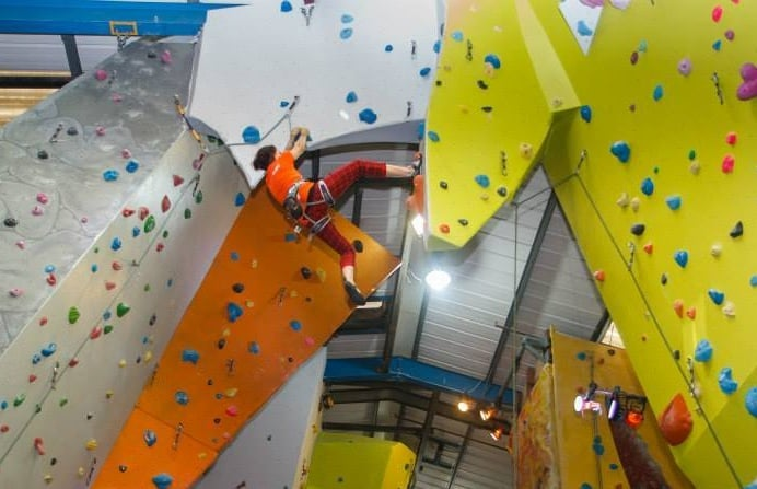 Indoor-Rock-Climbing-Introduction-in-Greenwich-London.jpg