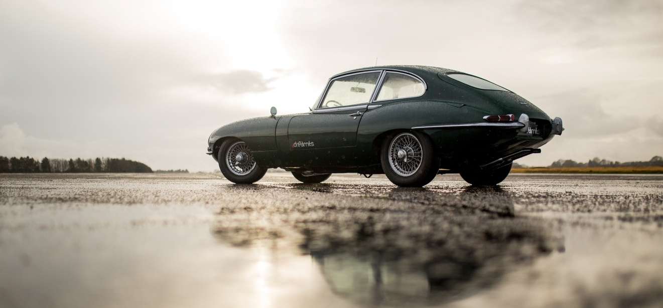Jaguar E-Type Driving Experience in Hertfordshire-1