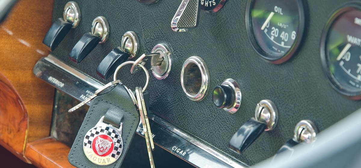 Jaguar MK2 Driving Taster in Worcestershire-4