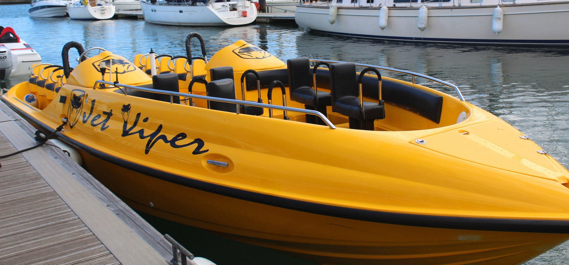 Jet Viper and Thunderbolt Powerboat Experience in Southampton-1