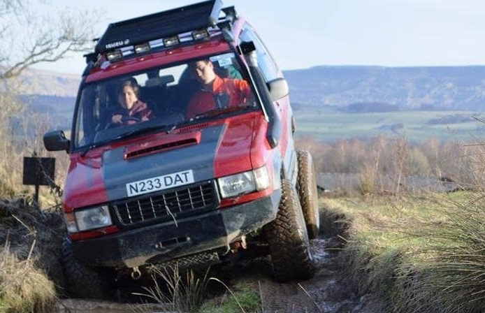 Junior-4x4-Driving-in-Stirlingshire.jpg
