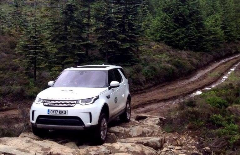 Land-Rover-Driving-Day-in-Scotland.jpg