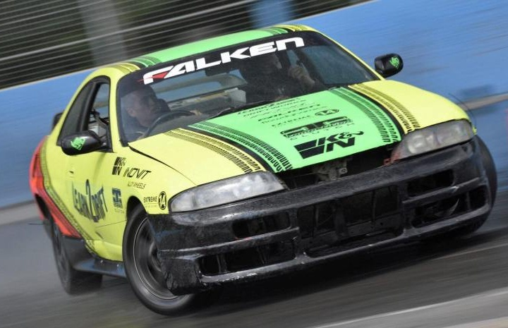 Learn-2-Drift-Drifting-Passenger-Ride-with-3-Laps-Driver-Cone.jpg