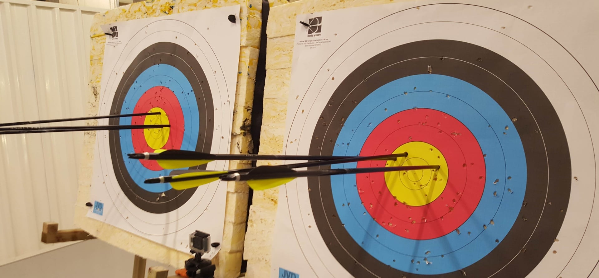 1.5 Hour Archery Lesson in London-1