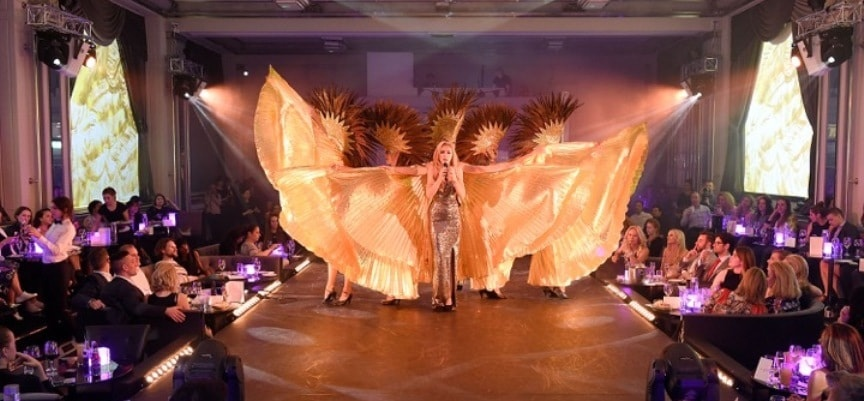 London Luxury Cabaret Show And Dinner For Two-2