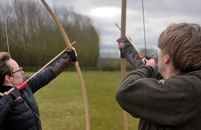 Longbow-Archery-Experience-in-Essex.jpg