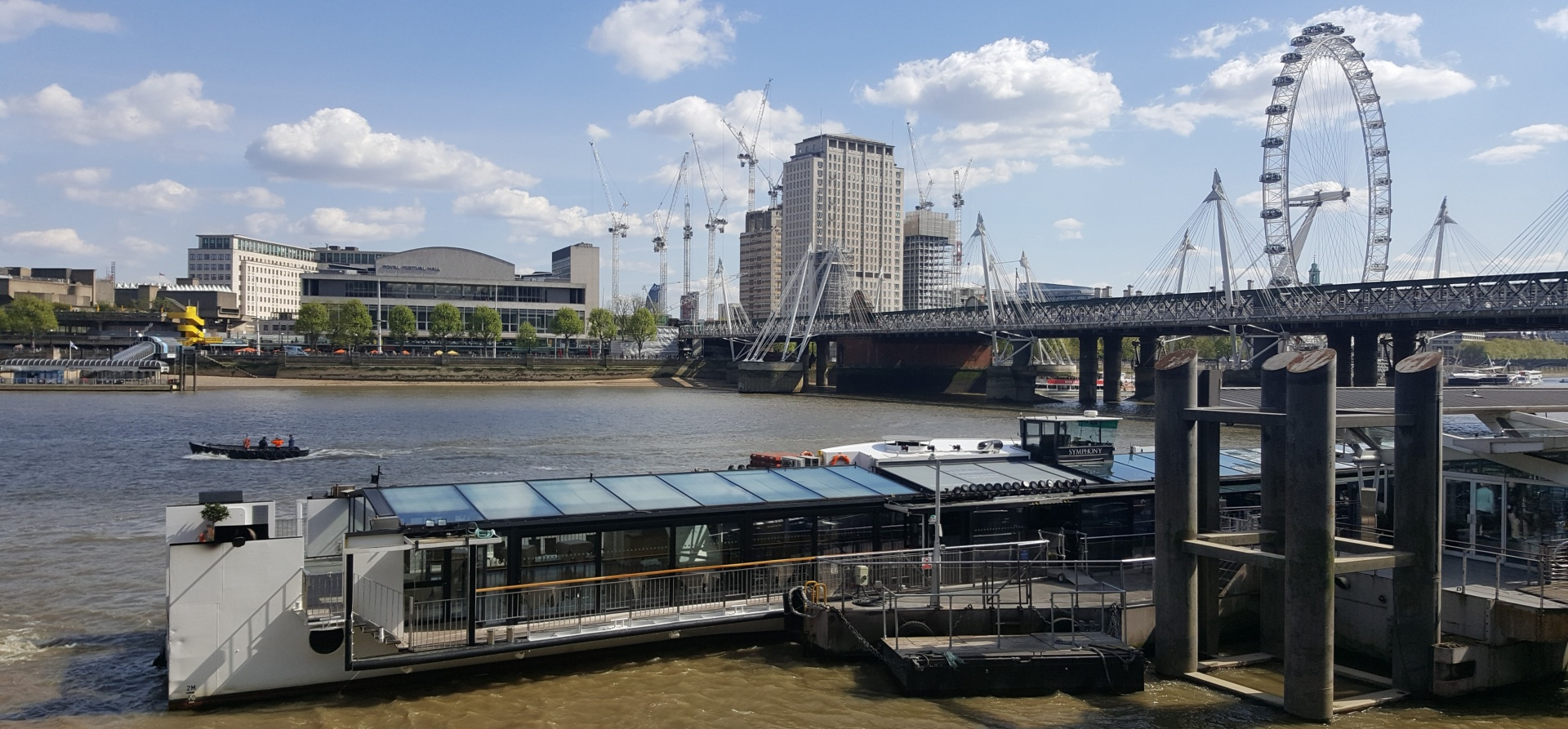 Classic Thames Lunch Cruise for Two-12